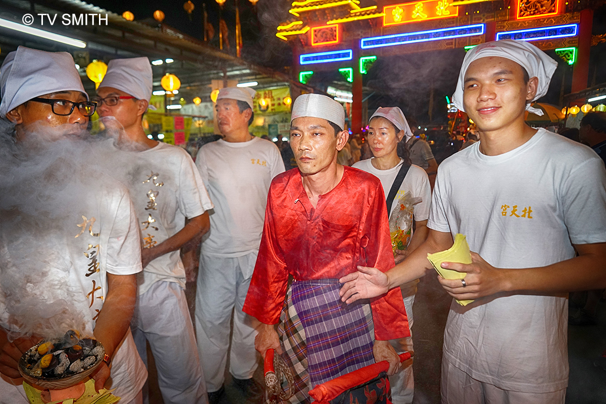 Nine Emperor Gods Festival Procession In Jinjang – Part 3.