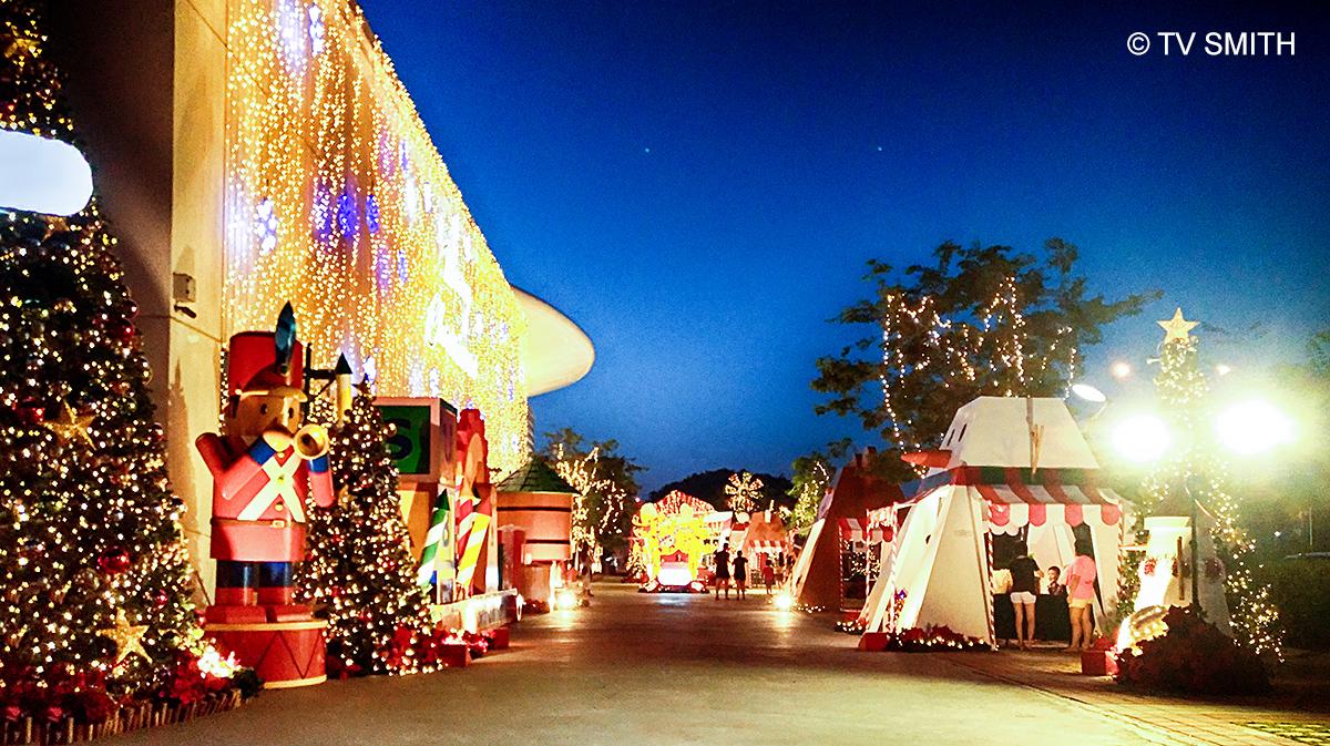 Seeing Stars During Nightfall At Santa Factory