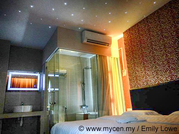 SeaLion Firefly Concept Hotel Kuala Selangor